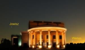 Pierwsza gwiazdka nad kaliskmi teatrem.