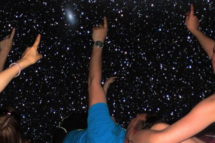mobilne-planetarium-3